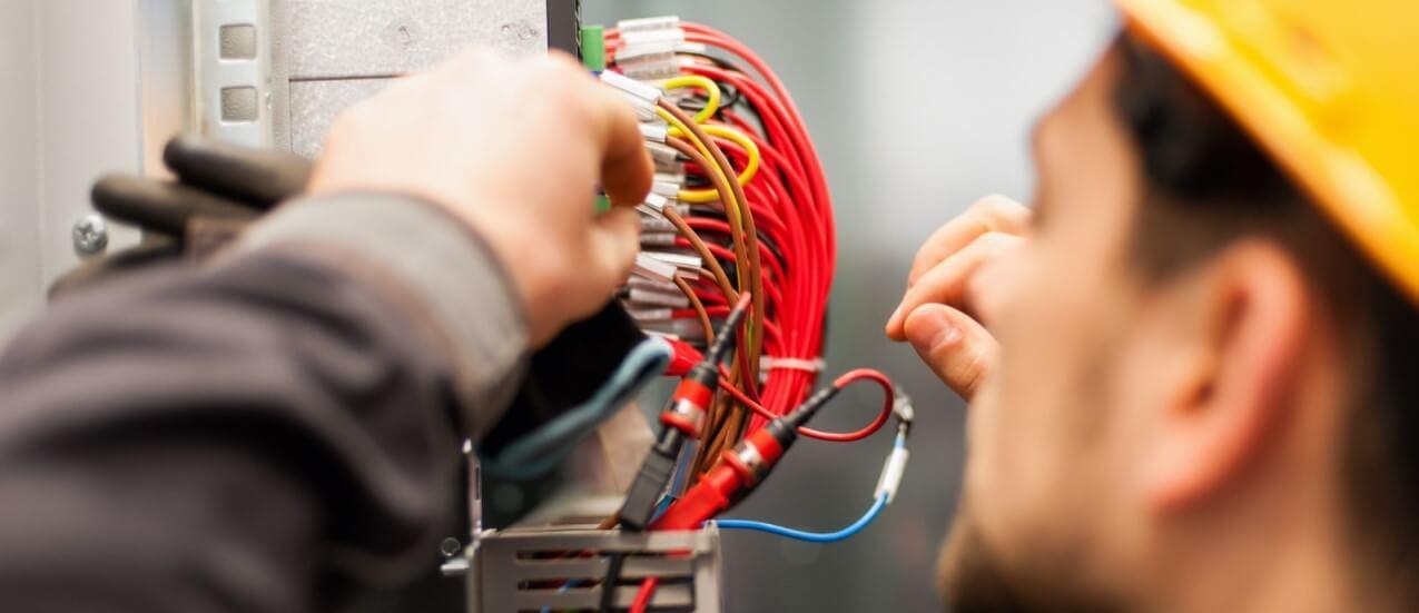Társasház elektromos hálózat felújítás